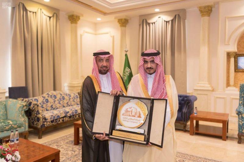 أمير الجوف يستقبل مدير فرع المطاحن الثالثة بالمنطقة