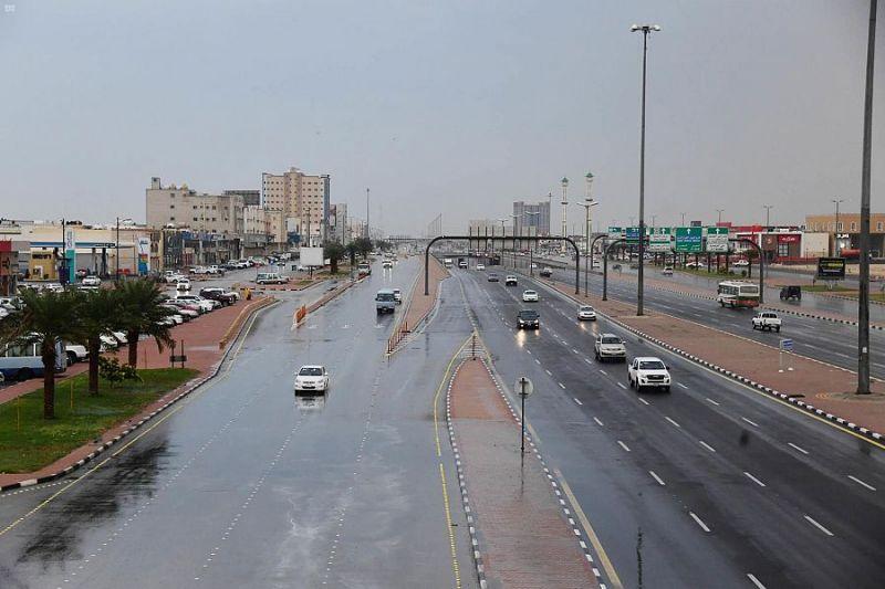 أمطار على المنطقة الشرقية