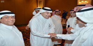 وزير الثقافة والإعلام يلتقي الوفد الإعلامي المرافق لخادم الحرمين الشريفين