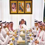 الوزير العواد يناقش مستجدات القطاع الإعلامي مع رؤساء تحرير الصحف المحلية