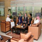 استعرضا مواضيع تتعلق بصناعة النقل الجوي مدير عام الخطوط السعودية يستقبل القنصل العام الأمريكي بجدة