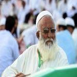 ضيوف الرحمن المُسنين في المسجد النبوي .. مشاهد من الطمأنينة والخشوع