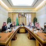 سمو أمير القصيم يرأس اجتماعاً مع مديري التعليم بالمنطقة لمناقشة معايير التميز