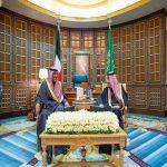 خادم الحرمين الشريفين يعقد جلسة مباحثات رسمية مع سمو رئيس مجلس الوزراء بدولة الكويت