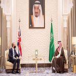 سمو ولي العهد السعودي محمد بن سلمان يلتقي وزير الخارجية البريطاني