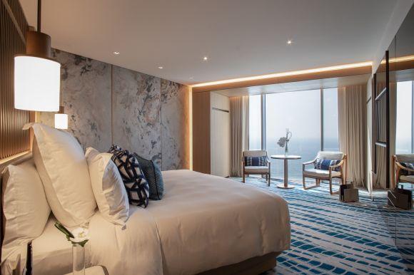 Jumeirah-Beach-Hotel-Ocean-Deluxe-4.jpg